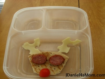 Christmas for Kids- Creating a Reindeer Lunch