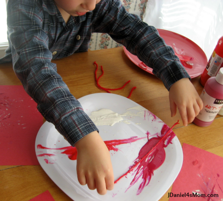 Five Little Valentines Song and Craft- Painting with String