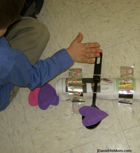 buidling_a_catapult_using_the_floor