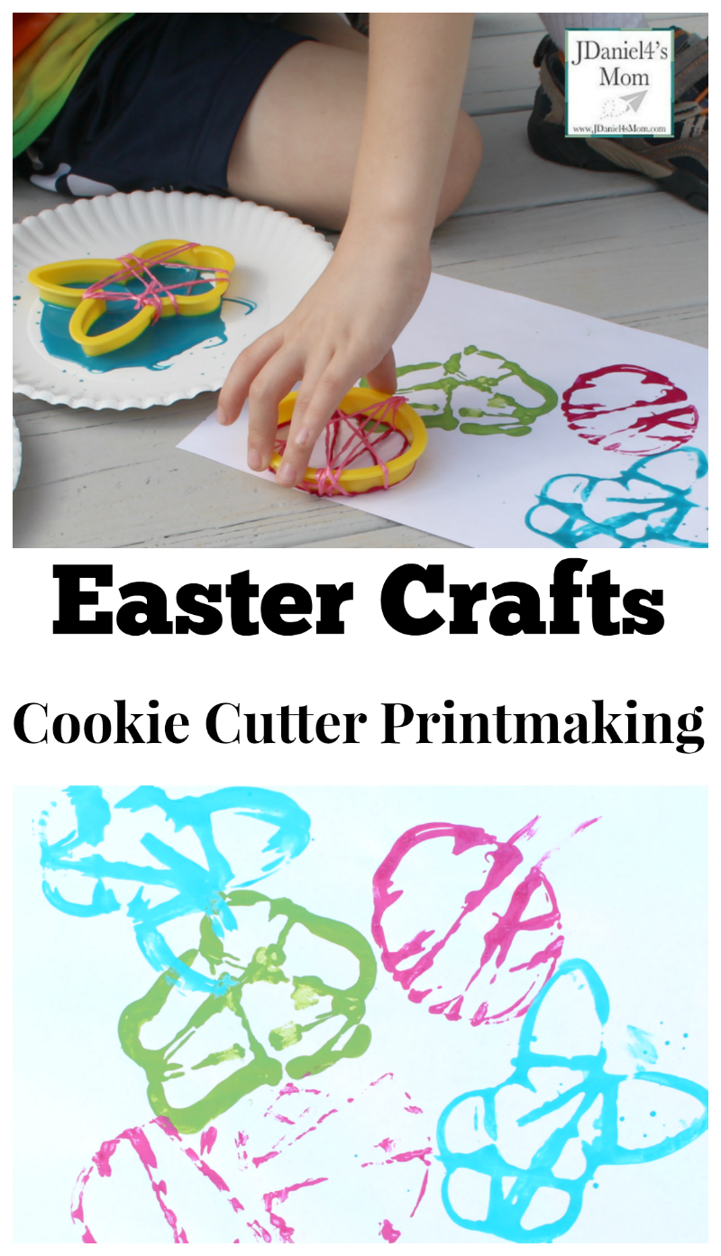 Easter Crafts Cookie Cutter Printmaking- One cool way to create Easter prints.