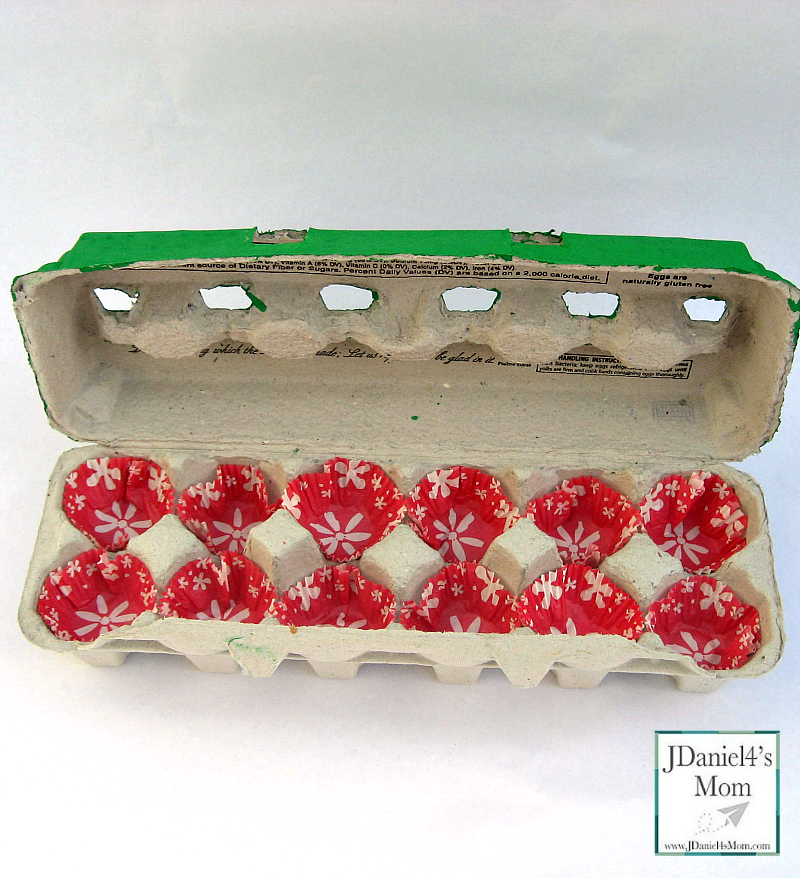 Egg Cartons- Great Holiday Gift Boxes With Holly