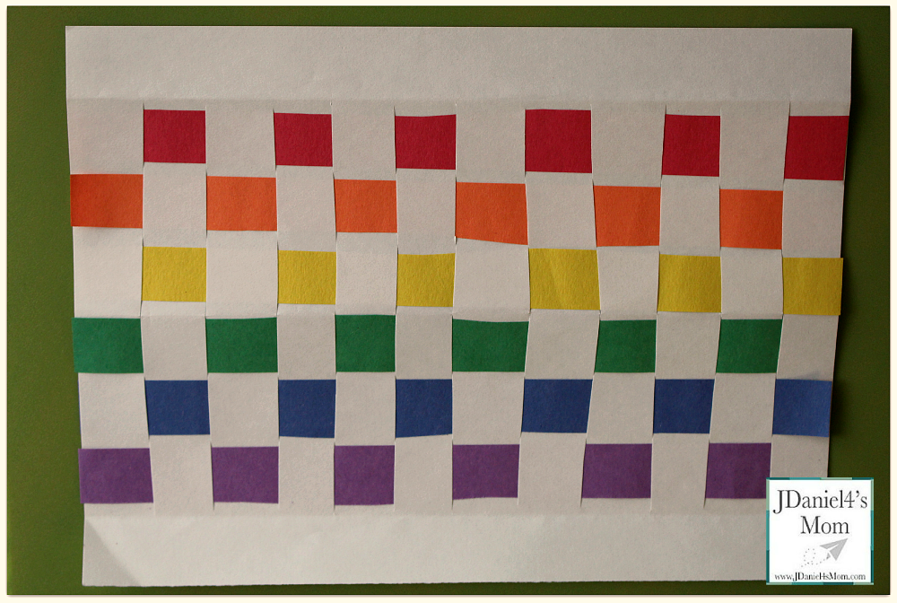 Holiday Crafts for Kids- Rainbow Place Mat