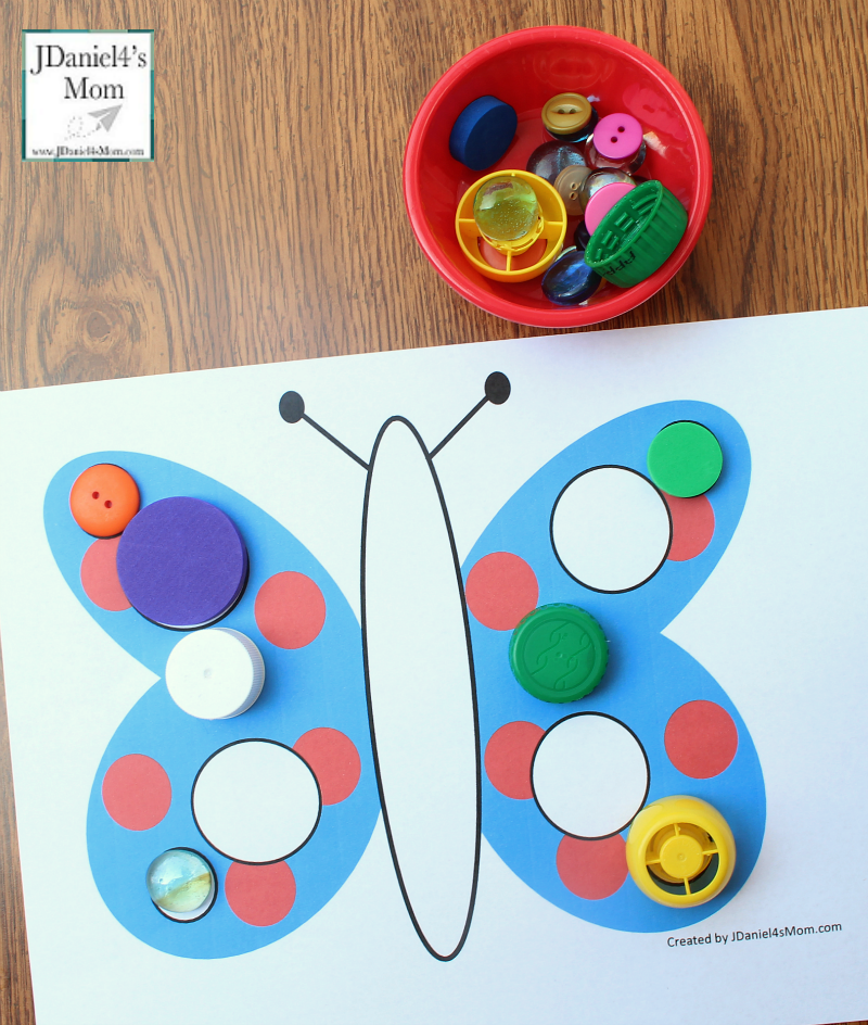 Let's Explore Shapes in Mats with a Butterfly Theme Circle Mat with Circular Items