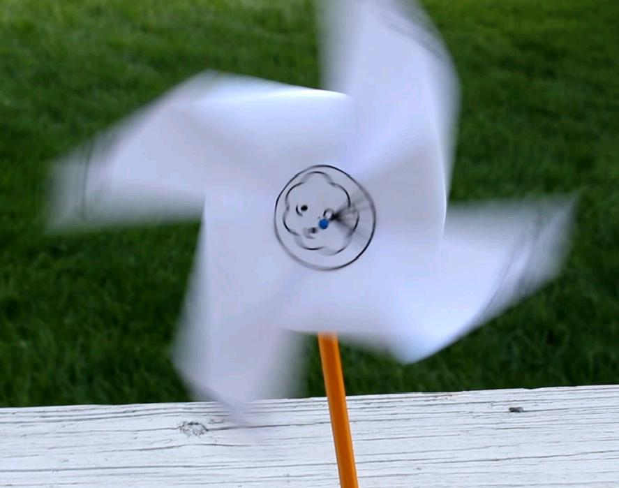 Windy and Cool Science Experiments with Free Printable Pinwheel