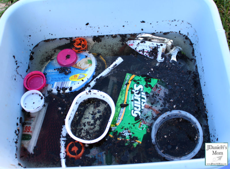 Water Pollution Experiments for Kids- Polluted Tub of Water