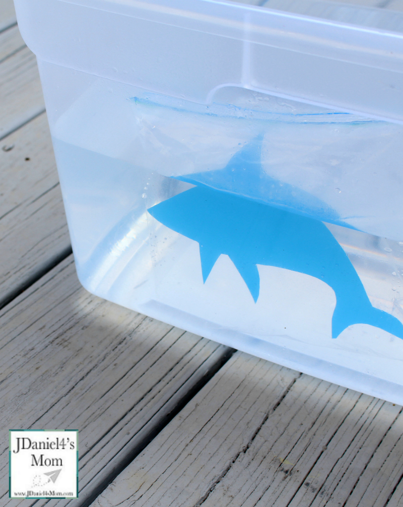 STEM Shark Activities for Kids : How Do Sharks Float? This is a fun STEM activity for Shark Week. The shark can be made from an old plastic folder.