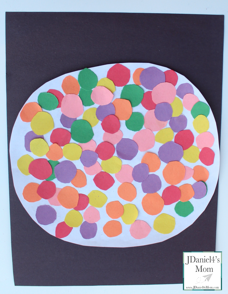 100 Days of School Craft- Kids will love counting out the gumballs to make sure there are 100 before creating this fun craft!