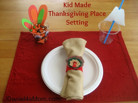Thanksgiving for Kids - Table Setting for Kids