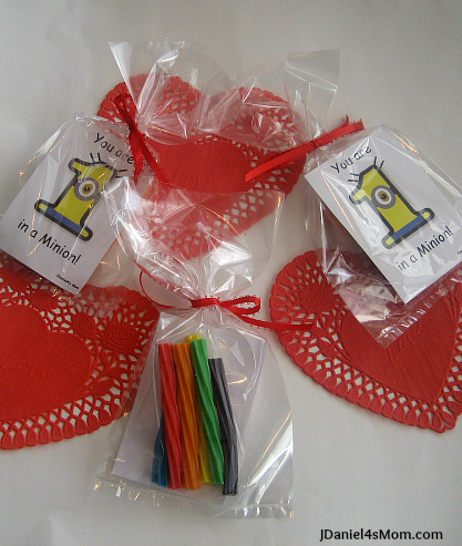 Despicable Me Valentine's Day Card Treat Bags