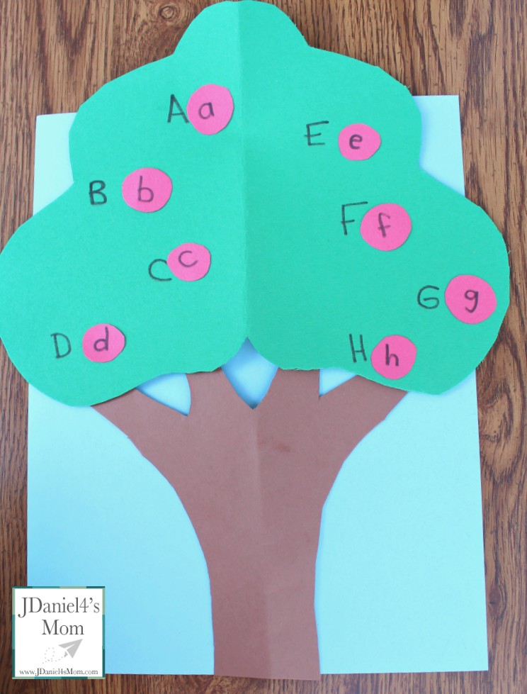 Apple Tree Letter Matching Game
