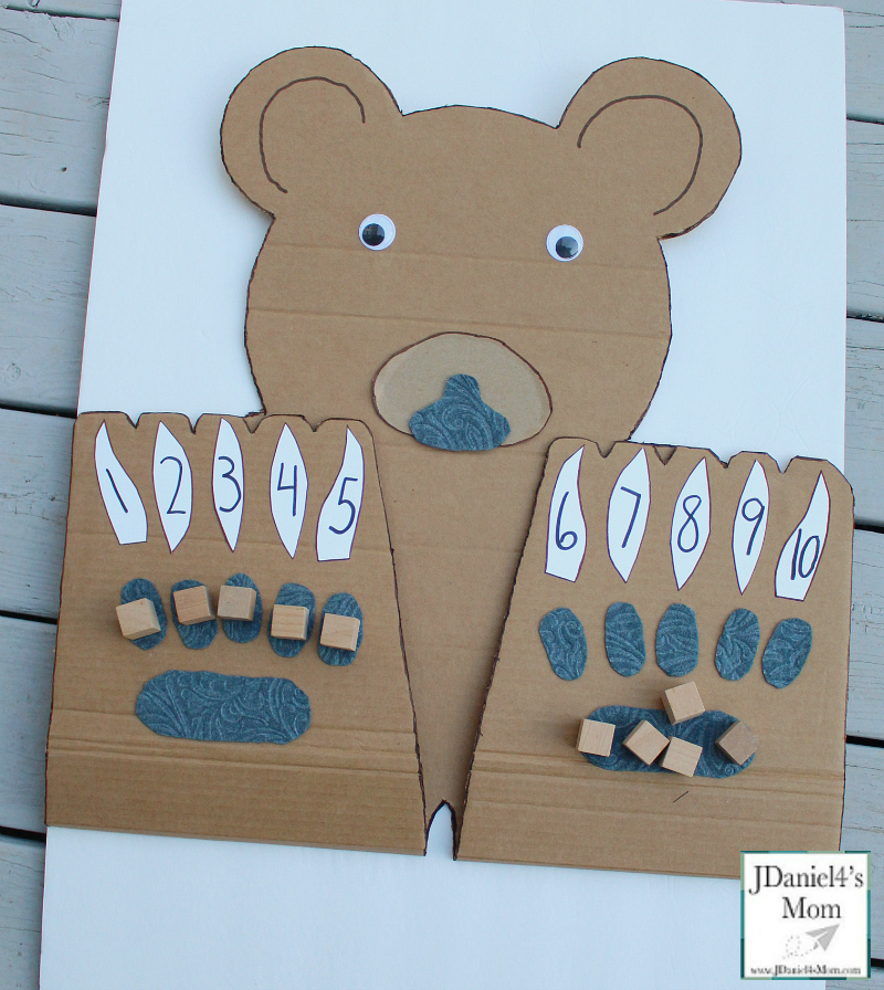 Counting On Bear Paws with Number Claws- This math learning space can be used for counting blessings, explore the number of things to be grateful for, or just working on finding numbers on claws.