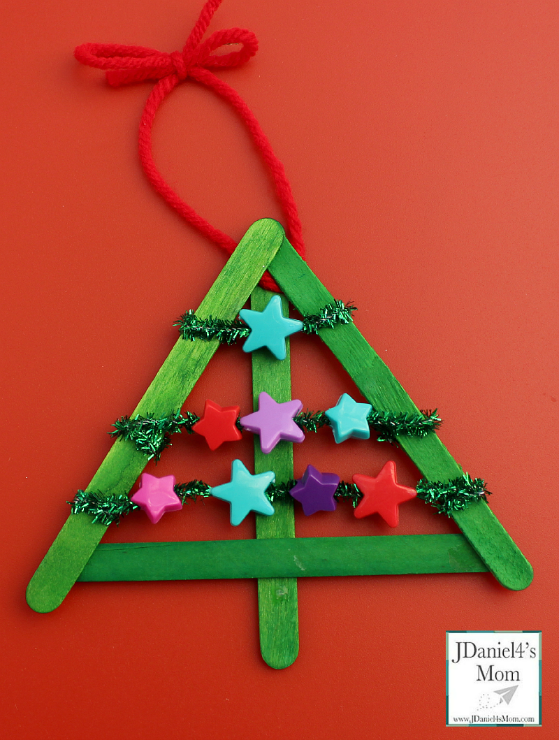 diy christmas decorations threaded star tree kids will get to work on their fine motor