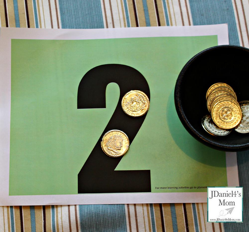 Kindergarten-Worksheets-Gold-Coin-Math-Mats.