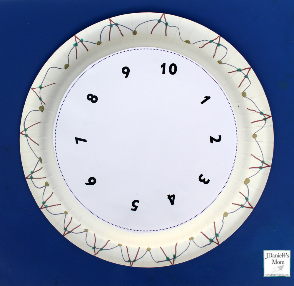 New Year's Eve Countdown Clock Craft and Printables - Decorated Plate