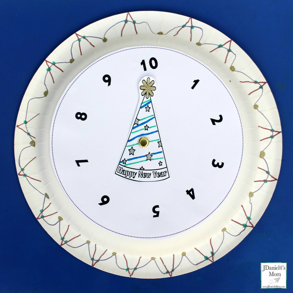 New Year's Eve Countdown Clock Craft and Printables - Finished Plate