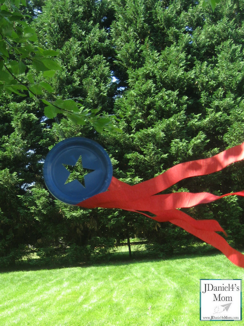 Paper Crafts for Kids- Patriotic Wind Sock