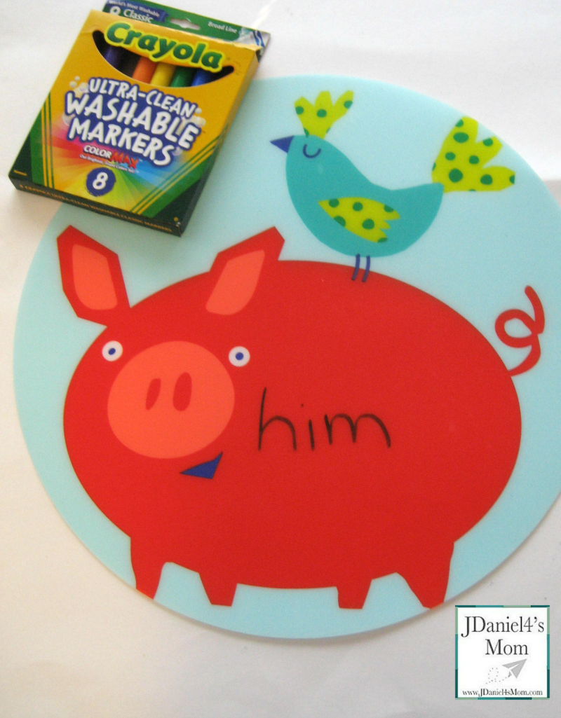 Practicing-Spelling-Words-with-a-Placemat-him-washable-markers_watermark.png