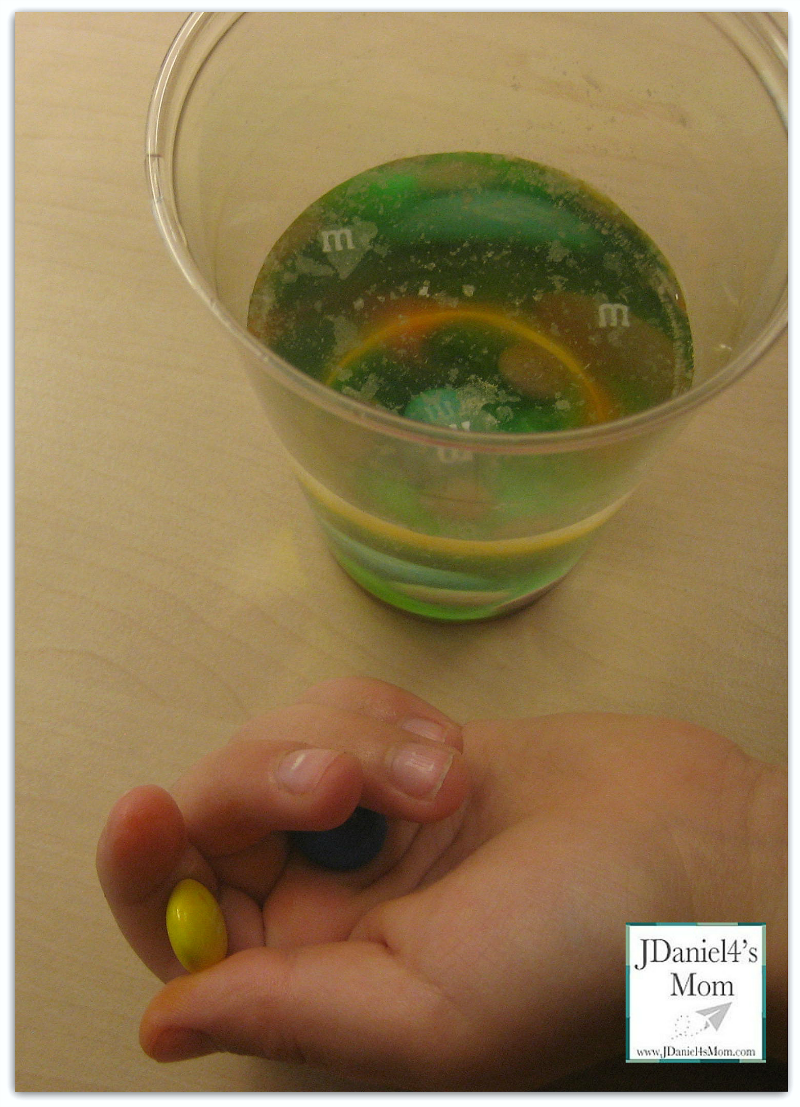 Science Project Ideas- Sink or Float M&M's
