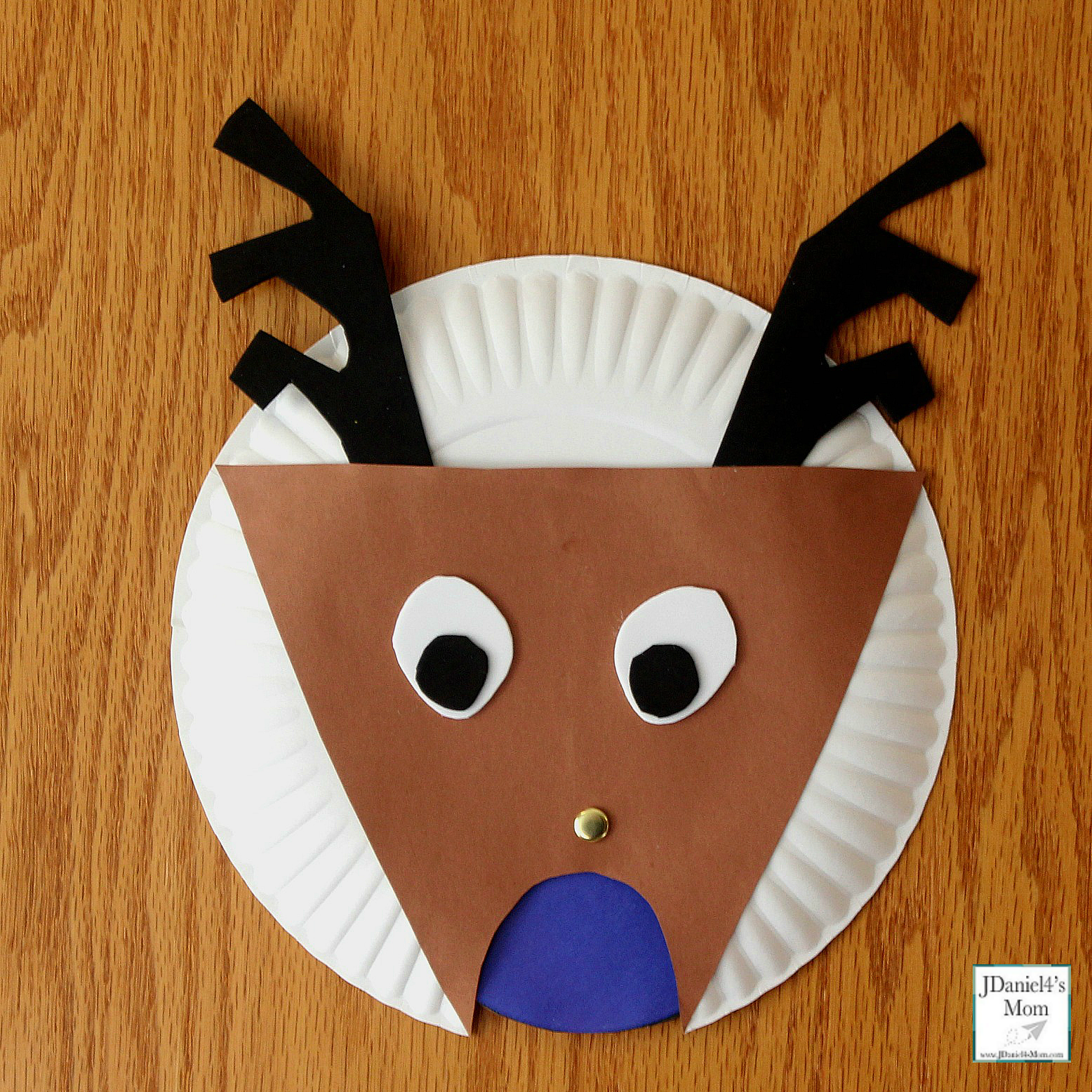Changing the Color of the Reindeer's Nose Color Activity - Homemade Reindeer with a Blue Nose