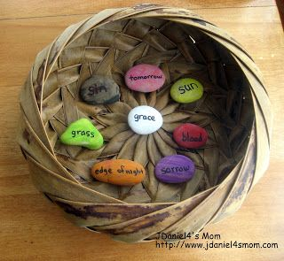 Jelly Bean Prayer Rocks- Each colored rock and the word it displays shares a part of the Easter story.