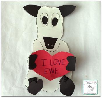 Easy Valentine Crafts for Kids- I Love Ewe