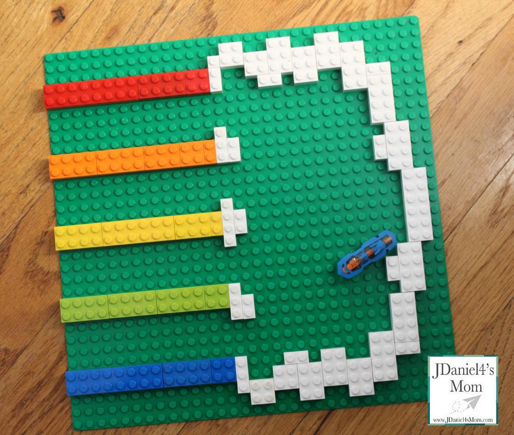 hexbug rainbow LEGO track- hexbug on the move