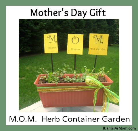 Digging Into Gardening- Mom Herb Garden for Mother's Day