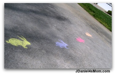 Easter Games- Hopping with Chalk Bunnies: It is such fun to trace bunnies on your driveway or a sidewalk. Then you can hop from bunny to bunny!