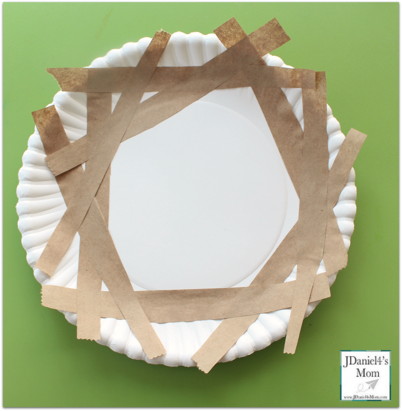 Bird Nest Craft Paper Plate Nest- Adding Paper Strips