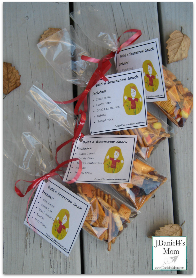 Scarecrow snack and party idea for Fun halloween treats to make with toddlers